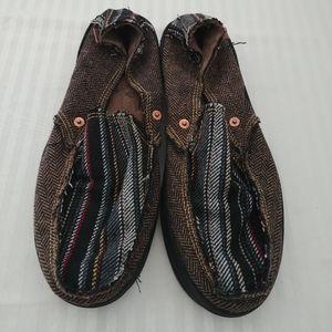 Levi's Large Men's Canvas Slippers